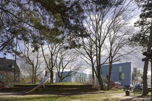 Die Gartenhöfe erweitern ihr Grün nach Norden in eine informelle Parklandschaft