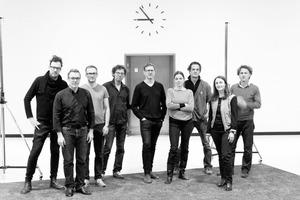 """<div class=""""_Fachbeitrag_Fließtext"""">Raumlabor</div> <div class=""""Zusatzinfos"""">Markus Bader, Andrea Hofmann, Axel Timm, Benjamin Foerster-Baldenius, Christof Mayer, Florian Stirnemann, Francesco Apuzzo, Frauke Gerstenberg, Jan Liesegang</div> <br />"""