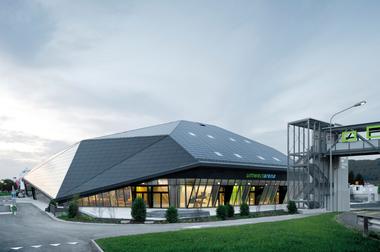 1. Preis Wettbewerb 2014: Umweltarena Spreitenbach (René Schmid Architekten)