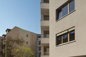 Die Geometrie des Neubaus reagiert auf jede der umgebenden Bedingungen, wie zum Beispiel den Taschenpark zur Florastraße