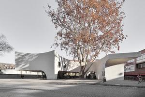 """Im Erdgeschoss des """"Treehugger"""" befindet sich die öffentlich zugängliche Touristeninformation. Im Obergeschoss sind Büroräume.<br /><br />"""