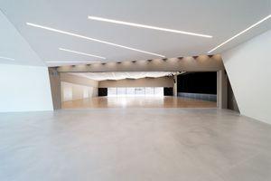 Foyer und Saal mit geöffneter Trennwand<br />