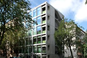 Mit 21 anderen nominiert zum DAM Preis 2021:   das Wohnregal in Berlin von FAR FROHN & ROJAS