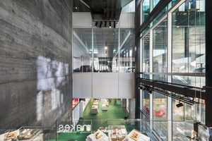 Obwohl OMA viel Glas verbaut hat, erreicht das Gebäude den NiedrigenergieGebäudestandard