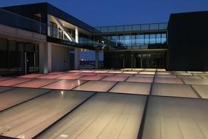 Das Rooflight im Zentrum des Gebäudes versorgt die darunter liegenden Ebenen mit Tageslicht