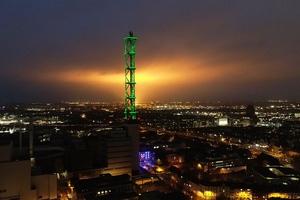 Gewinner Kategorie Außenbeleuchtung/Inszenierung Wahrzeichen: Stadtwerketurm Duisburg / Lichtplanung: Planwerk, Essen
