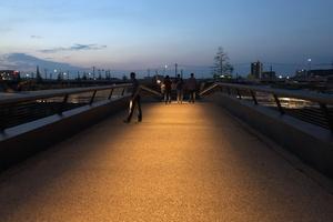 Gewinner Kategorie Außenbeleuchtung/Öffentliche Bereiche: Brücke Baakenhafen Mitte - Hamburg / Lichtplanung: Conceptlicht GmbH, Traunreut