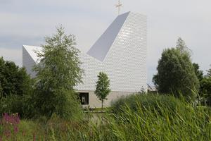 Als schönste Kirche der Welt ausgezeichnet: Pfarrkirche Seliger Pater Rupert Mayer (Meck Architekten, München)