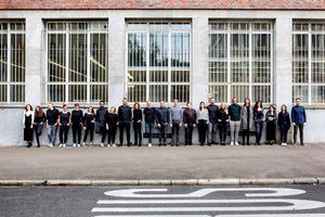 Mit 30 Mitarbeitern in den neuen Büroräumen der Rosenbergstraße im Zentrum von Stuttgart
