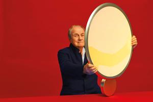 Ernesto Gismondi präsentiert die Leuchte Discovery