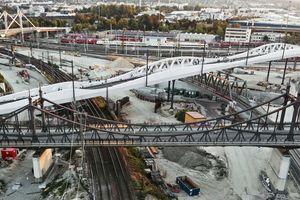 Gewinner Deutscher Ingenieurbaupreis 2020: Kienlesbergbrücke in Ulm (Ingenieurbüro: KREBS+KIEFER Ingenieure GmbH, Karlsruhe Bauherr: Stadtwerke Verkehr GmbH, Ulm Architektur / Objektplanung: Knight Architects, High Wycombe, Buckinghamshire/GB