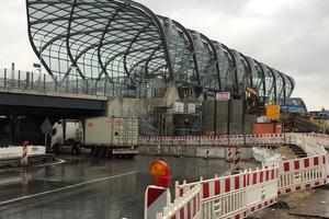Auszeichnung: U-Bahn-Haltestelle Elbbrücken, Hamburg Ingenieurbüro: schlaich bergermann partner, Stuttgart Bauherr: Hamburger Hochbahn AG Architektur: gmp ∙ Architekten von Gerkan, Marg und Partner, Hamburg