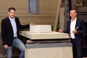 Projektleiter Stefan Carstens (li.) und Professor Dr. Matthias Pahn arbeiten an umweltfreundlicheren Betonbauteilen.