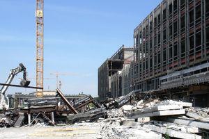Bauteilrecycling wäre möglich gewesen: Abbruch Palast der Republik<br />