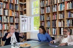 Sophie Merz und HG Merz mit der DBZ und Dachkult im Gespräch