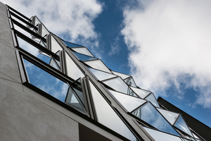 "<irspacing style=""letter-spacing: -0.005em;"">Die markante Fassade der Zeil 111 in Frankfurt a.M. wurde mithilfe des Parametric Systems geplant</irspacing>"