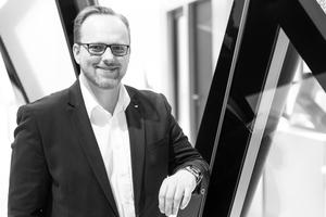 Autor: Martin Ewendt leitet das Produktmanagement Fassade bei der Schüco International KG.<br />www.schueco.com