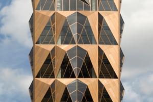 Solare Gewinne im Winter: Die Fassade des RCC Hauptquartiers im russischen Jekaterinburg hinterlässt nicht nur optisch einen guten Eindruck