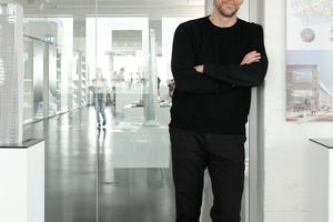"""<div class=""""BT_Vorspann"""">DBZ Heftpartner Martin Henn, HENN, Berlin</div>"""