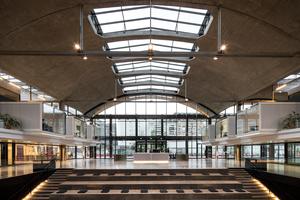 Zum Konzept gehören auch gemeinschaftlich nutzbare Flächen wie das in den Boden eingelassene Auditorium