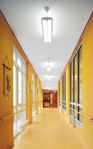 Mit Licht Und Farbe Planen Barrierefreie Farbgestaltung Für Demenzkranke  Und Senioren