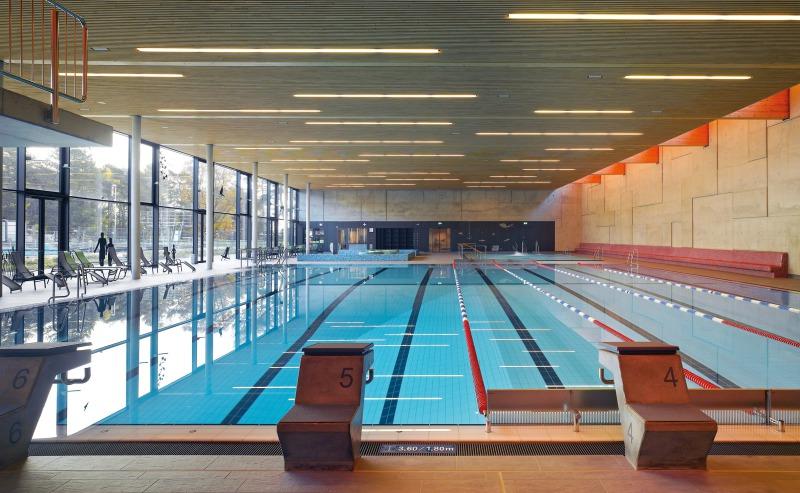 Schwimmbad Oberursel deutsche bauzeitschrift