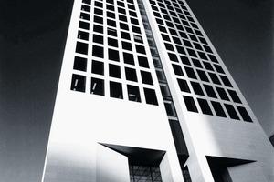 Der OpernTurm in Frankfurt a. M. (Arch.: Mäckler Architekten)<br />
