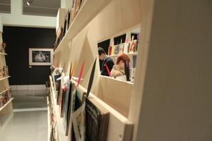 Die Ausstellung gewährt Einblicke in die designaffine Welt eines Bachelors in den 1970er-Jahren