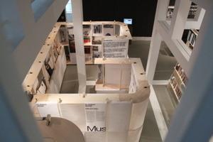 Fünf Pavillons gliedern die Ausstellung - der Playboy bildete den Mann in Architektur, Design, Literatur und Musik