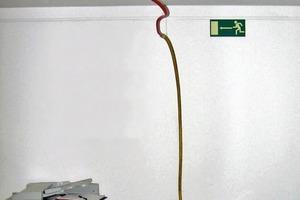 Bild1: Sammelvorrichtung für eingedrungenes Wasser