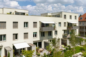 """<div class=""""10.6 Bildunterschrift"""">Viele Wohnungen haben einen direkten Zugang zum Gemeinschaftsgarten. Einige Etagenwohnungen sind mit Balkonen ausgestattet</div>"""