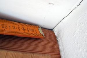 Bild8: Fenster2 – Fuge zwischen Revisionsdeckel und Blendrahmen