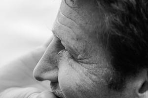 """<div class=""""fliesstext_vita""""><strong>Heinrich Schulte-Frohlinde</strong></div><div class=""""fliesstext_vita"""">Im Jahre 1997 wurde SFA durch Herrn Dipl.- Ing. Architekt Heinrich Schulte-Frohlinde gegründet. Mit langjähriger Erfahrung in der Altbausanierung und seit 2003 in Neubauprojekten stellt das Büro heute ein interdisziplinäres und internationales Team von 15 bis 20 Mitarbeitern. Junge kreative ArchitektInnen erarbeiten Konzepte an der Seite erfahrener Ingenieure von der Aufgabenstellung bis zur Realisierung mit Schwerpunkt im nachhaltigen Design.</div>"""