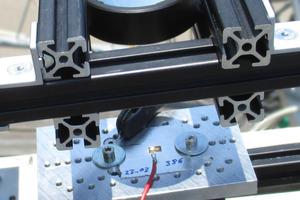 Weltrekord für Konzentrator-Photovoltaik: Das<br />Mini-Modul auf der Basis von Vierfachsolarzellen erzielt einen Wirkungsgrad von 43,4 Prozent