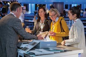 Selten so nah dran: Gäste im Gespräch mit Herstellern
