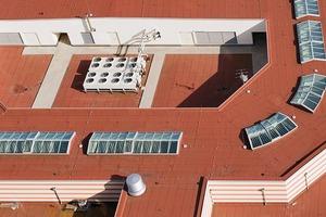 Dachlandschaft auf dem Dach des Einkaufszentrum Mediterraneo im Stadtviertel Havenwelten in Bremerhaven