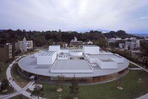 21st Century Museum of Contemporary Art, Kanazawa, Ishikawa, Japan 2004