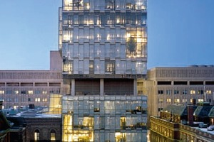 Biomolekularzentrum in Toronto, 2005; Architekten: Behnisch Architekten, Architects Alliance<br />