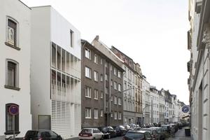 Anerkennung: Stadthaus Florastraße Köln, urbane Nachverdichtung (Architekten: Bachmann Badie Architekten; Baufrau: Sabine Mehlmann)