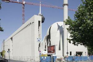 Moschee in Köln-Ehrenfeld: Ansicht Venloer Straße