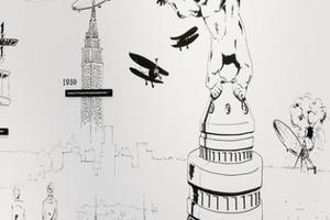 Zeichnungen, Wandtafeln und andere Objekte machen die beiden Flughäfen erfahrbar