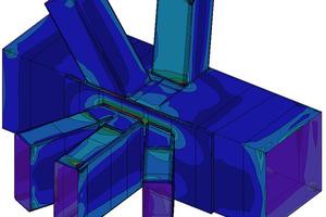 Die 500 Knoten, die Gurt und Diagonale verbinden wurden mit der Finiten-Elemente-Methode(ein numerisches Verfahren zur Lösung von partiellen Differentialgleichungen) auf Strukturspannungen untersucht. Ober-und Untergurte wurden aus Flachblechen zusammengeschweißt.<br />