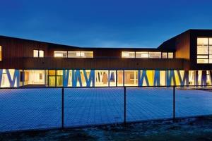 Bloemershof ist ein städtisches multifunktionales Ensemble bestehend aus einer Berufsfachschule, einer Feuerwehrstation, einer Sporthalle und  Wohnungen<br />