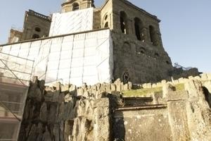Der Herkules auf dem Oktogon, das zurzeit saniert wird.