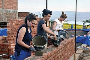 Bau einer Landwirtschaftsschule in Bella Vista. Eines der Gewinnerprojekte im Summerschool-Wettbewerb 2014