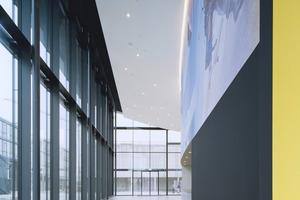 Das Auditorium mit großzügigem Foyer bietet unterschiedlichen Veranstaltungen Raum