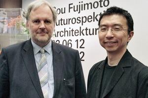 Museumsdirektor Friedrich Meschede und Architekt Sou Fujimoto in der Kunsthalle 2012