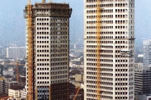 Ein Foto aus der Bauzeit der Türme in den 1980er Jahren