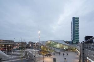 Der Bahnhof versteht sich nicht nur als nationale Verkehrsdrehscheibe, sondern städtebaulich auch als ein eigenes Zentrum und Ziel in Arnhem