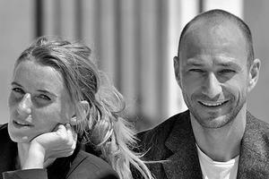 """<div class=""""fliesstext_vita""""><strong>LAAC Architekten</strong></div><div class=""""fliesstext_vita"""">LAAC Architekten wurde 2009 von Kathrin Aste und Frank Ludin gegründet. Unter den kürzlich realisierten Projekten ist u.a. die vielfach publizierte und mehrfach ausgezeichnete Aussichtsplattform """"Top of Tirol"""". Sie haben den 2. Preis im Wettbewerb für die Skisprungschanze am Holmenkollen in Oslo gewonnen und eine weitere Sprungschanze ist in Astana, Kasachstan, im Bau. Kathrin Aste unterrichtet an Universitäten in Österreich und Liechtenstein.</div>"""